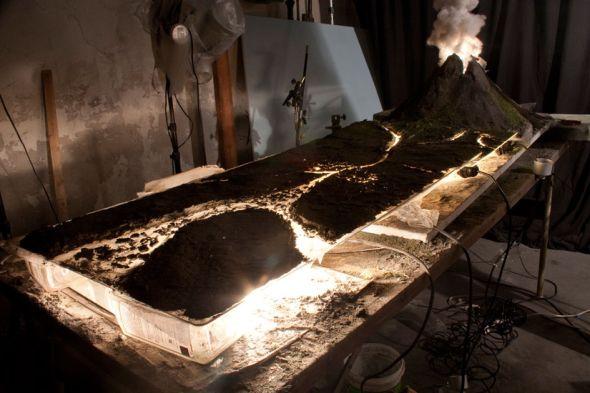Matthew Albanese fotografia set designer maquetes modelos miniaturas hiper realistas Ponto de ruptura - vulcão - maquete