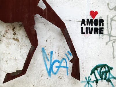 Amor, amor, by Guillermo Aldaya / PhotoConversa