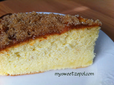 Olive Oil Cake with a Brown Sugar topping / sponge cake texture with a delightful citrus flavor / by My Sweet Zepol