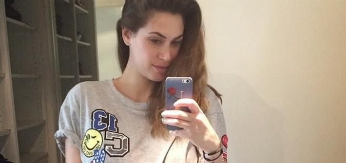 Melissa Satta, tra selfie col pancione e countdown all'arrivo del bebè