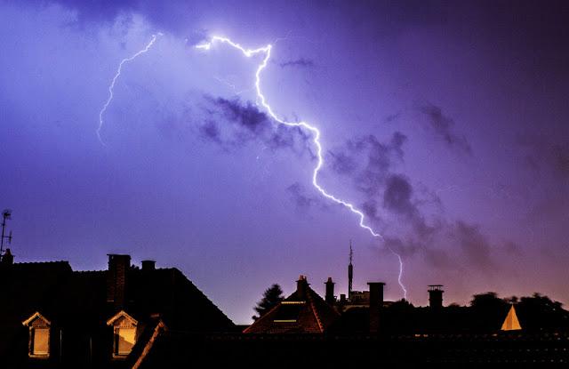 violent terrible lightning storm alsace foudre orage elsass Schiltigheim Strasbourg