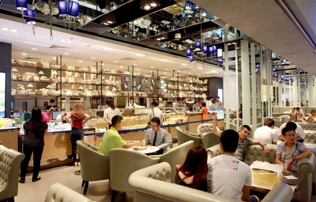 Khu ẩm thực trung tâm thương mại Vincom Mega Mall - Chung cư Royal City