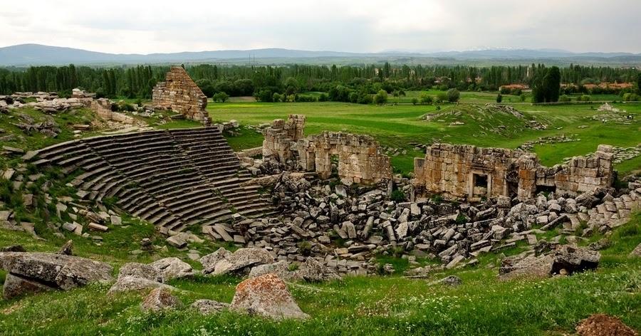 Aizanoi Antik Tiyatro