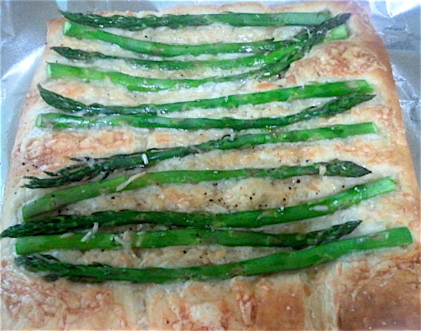 Readable Eatables: {Asparagus, Gruyere, and Parmesan Tart}