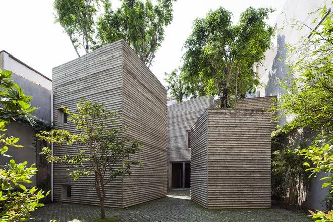Khu nhà độc đáo phủ kín cây xanh giữa Sài Gòn