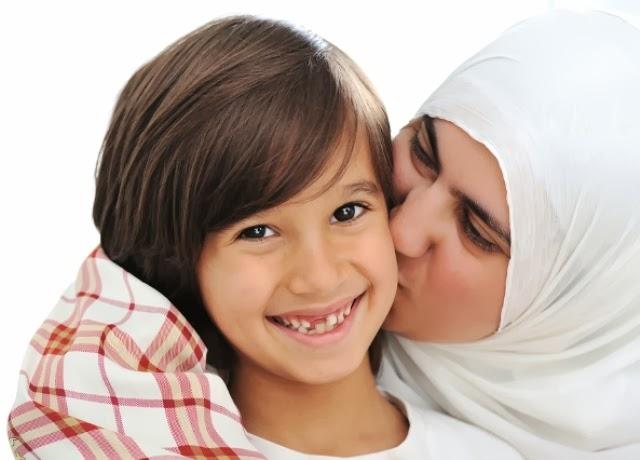 ما اخفته امي Mother-and-son-truly-love
