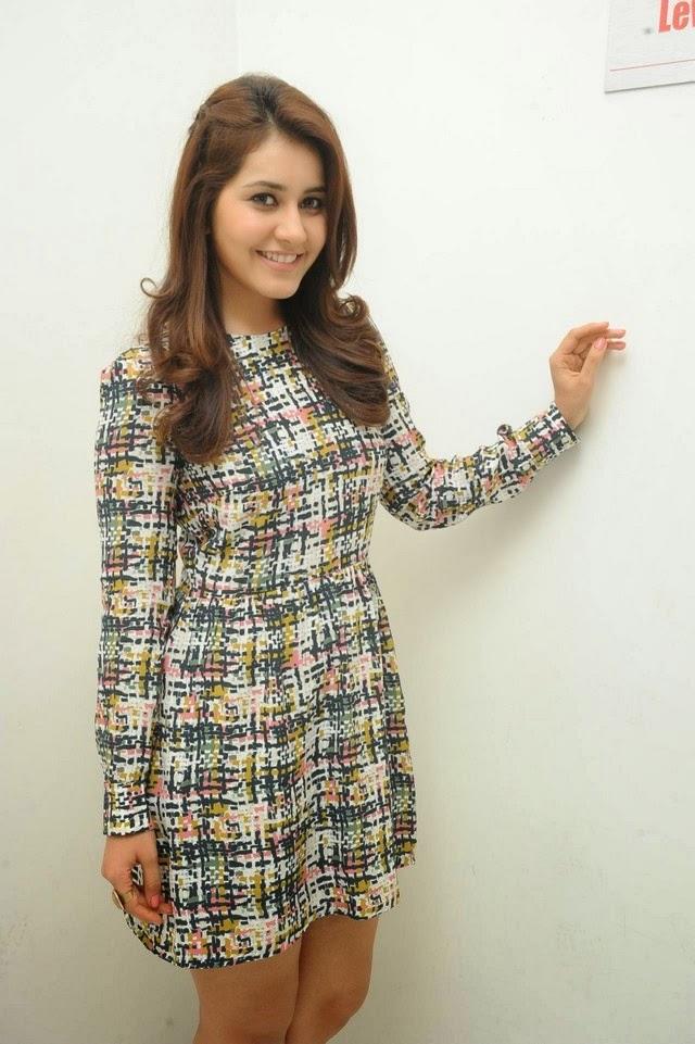 Rashi Khanna Hot Photo Gallery