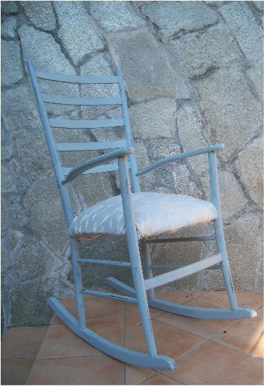 Shabby zuccherofilato una sedia a dondolo - La sedia a dondolo ...