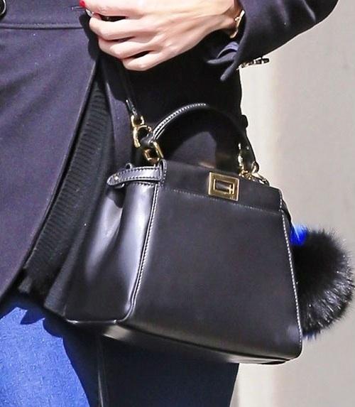 Купить сумку и ремень в интернет магазине fendi