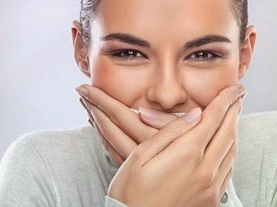 Cara Mengetahui Bau Mulut atau Tidak dengan Mudah
