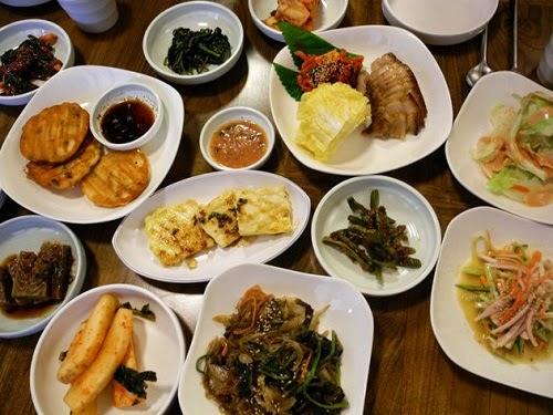 Pelaris Jin Makan Makanan Hadis Bomoh