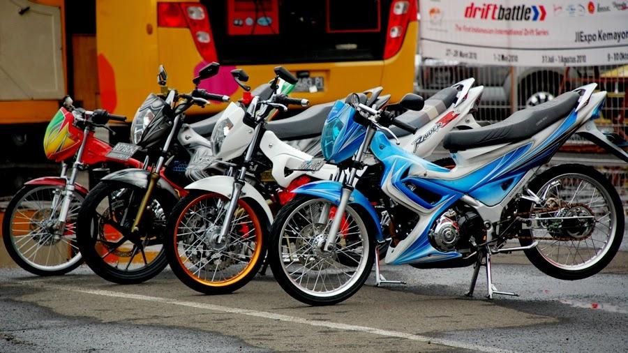 Suzuki Satria FU Modif Kontes