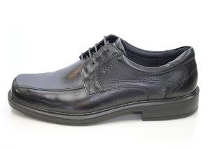 Cadence Footwear