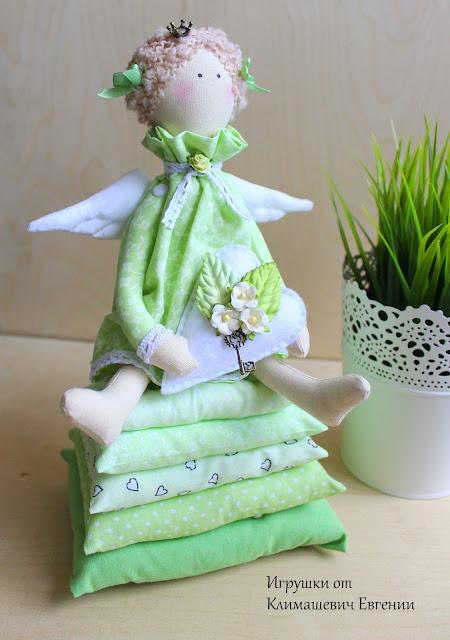 Принцесса на горошине, принцесса, принцесса тильда, кукла тильда, тильда, тильда принцесса, фея, ангел, тильда фея, тильда ангел, заказать куклу, кукла ручной работы, авторская кукла, текстильная кукла, мастер класс, шьем тильду, шебби шик, шебби-шик, шебби стиль, нежность, розовый, с сердечком, зеленый, нежно-зеленый, светло-зеленый