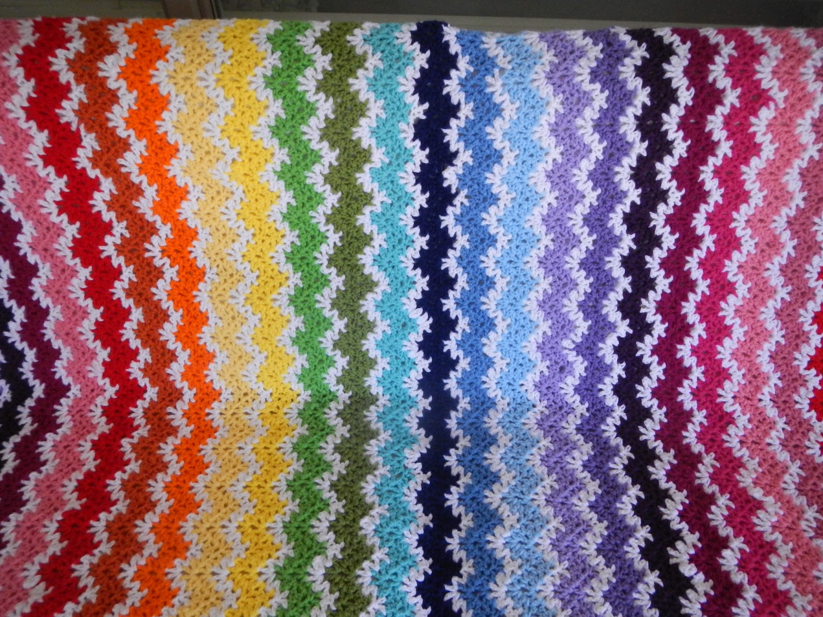 Apple Blossom Dreams: Stash-Buster #22 - Vintage Rainbow: Ta Dah!