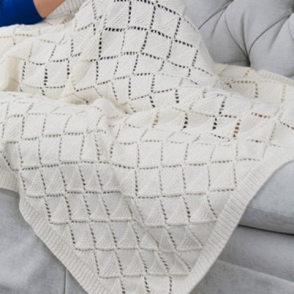 Delicate Diamonds Throw - Free Pattern