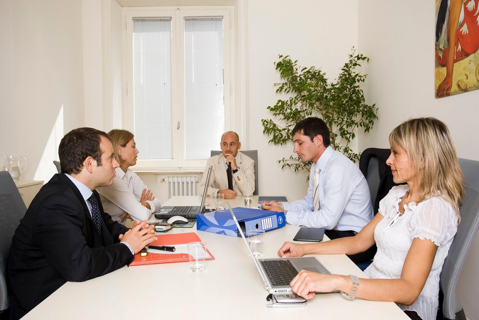 Uffici arredati uffici temporanei noleggia un ufficio al for Uffici parioli