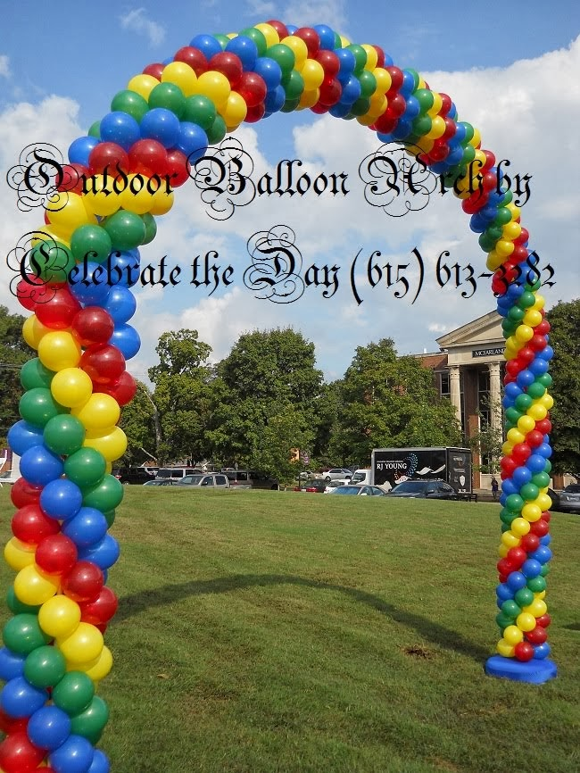 Outdoor Balloon Arch