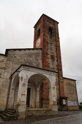 Villaveccha Villanova Mondovì: Antica Chiesa du Santa Caterina and Other Buildings Around the Piazza