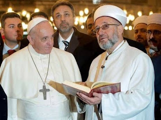 Pope and Muslim