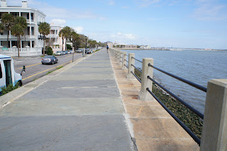 public domain picture of a walkway