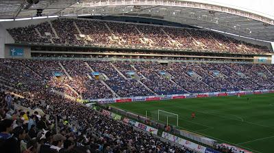 "<a href="" http://2.bp.blogspot.com/-cVIJWuP4-Lc/UOQwnHeR5II/AAAAAAAAA5Q/HkbtbrPCeqs/s400/stadio+do+Dragao+Porto.JPG""><img alt=""sepakbola,stadion, The Best Football Stadiums"" src=""http://2.bp.blogspot.com/-cVIJWuP4-Lc/UOQwnHeR5II/AAAAAAAAA5Q/HkbtbrPCeqs/s400/stadio+do+Dragao+Porto.JPG""/></a>"
