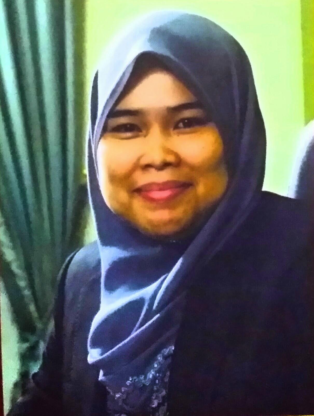 Cik Noor Shaadah bt Ahmad