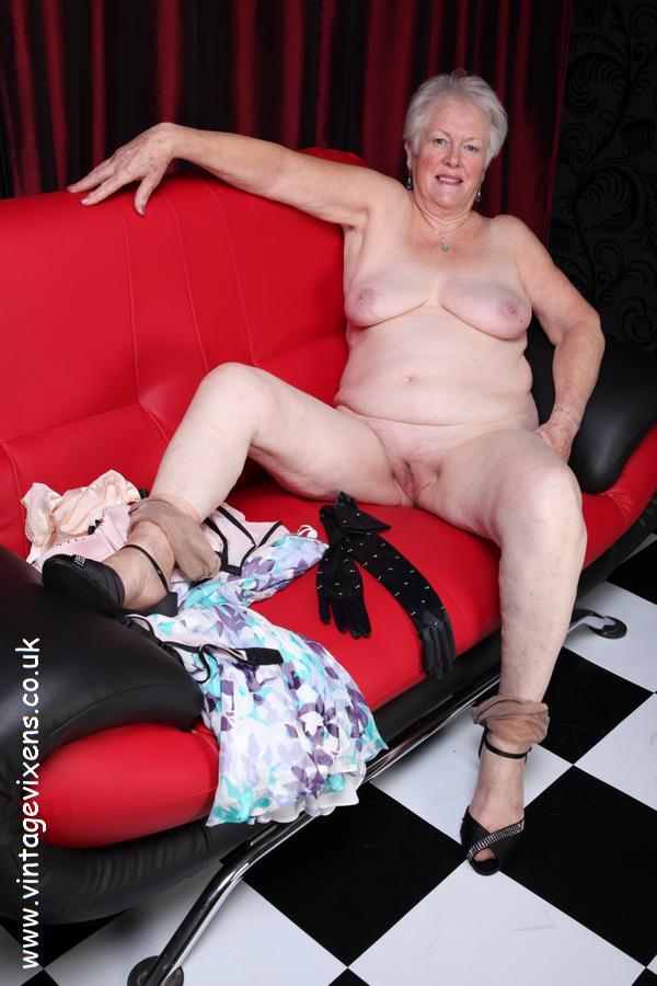 image Two mature stockings ladies having sex