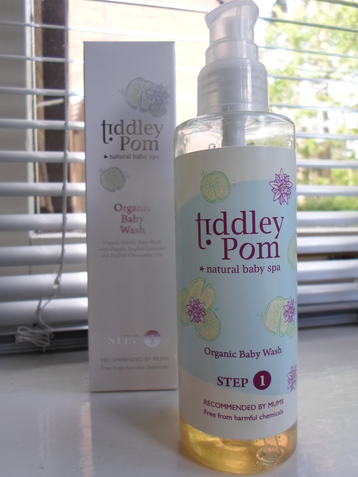 tiddley pom baby wash