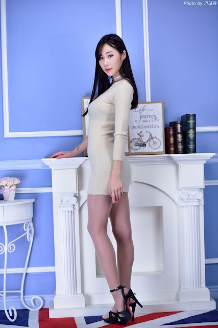 3 Lee Yoon Hee - Three Studio Sets - very cute asian girl-girlcute4u.blogspot.com