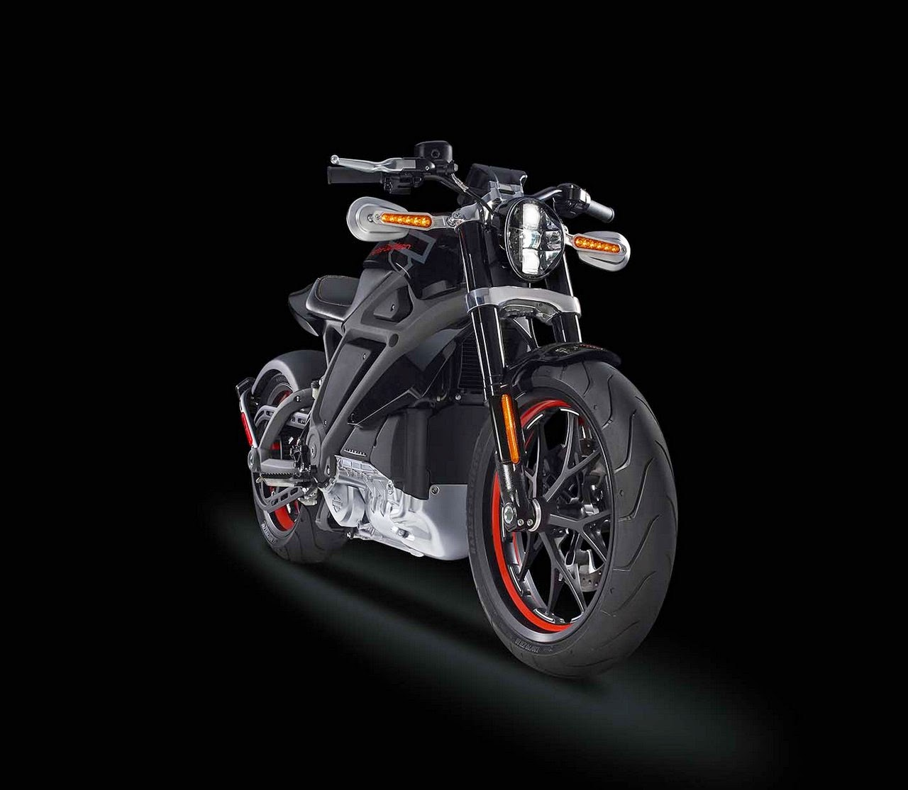 Harley-Davidson First Electric Motorbike - Project Livewire ...