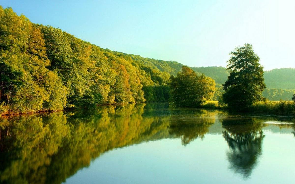 Amazing Lake Widescreen HD Wallpaper