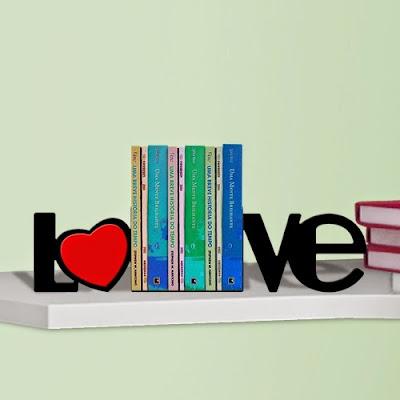 Aparador de Livros - Love
