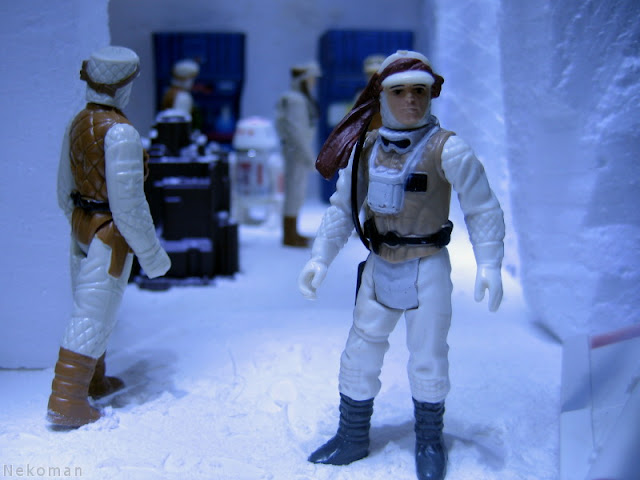 Luke Skywalker R5-D4 Rebel Commander Rebel Soldier ESB Kenner Vintage StarWars Hoth AT-AT Empire Strikes Back Episode VII Hasbro Diorama ROTJ ANH