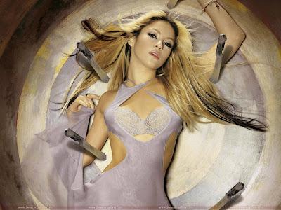 Shakira Wallpaper-1600x1200
