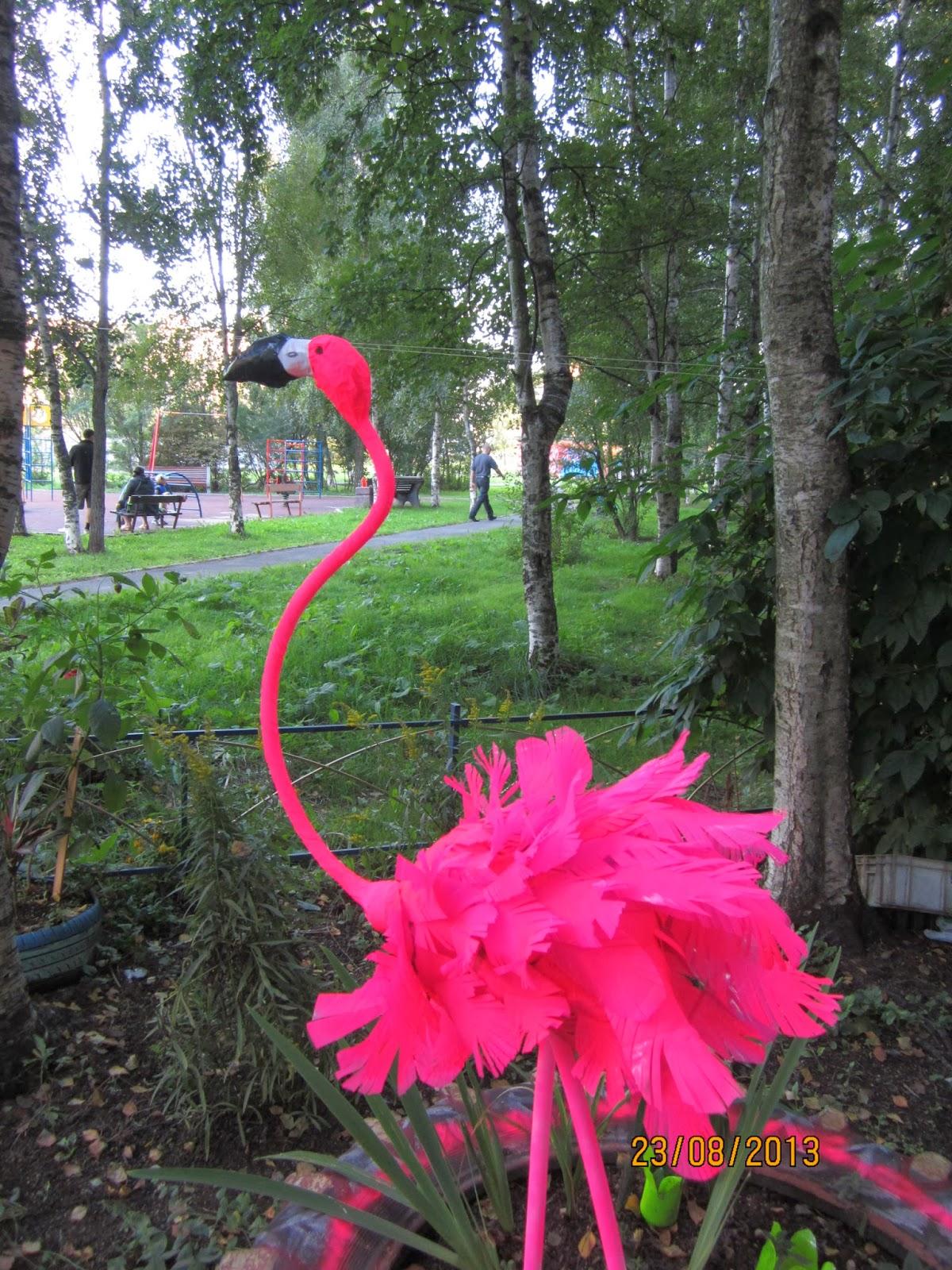 Фламинго из пластиковых бутылок