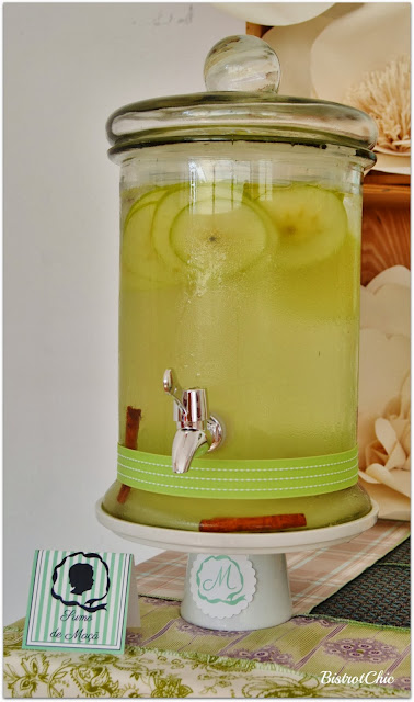 Green Rustic Christening apple juice by Bistrotchic
