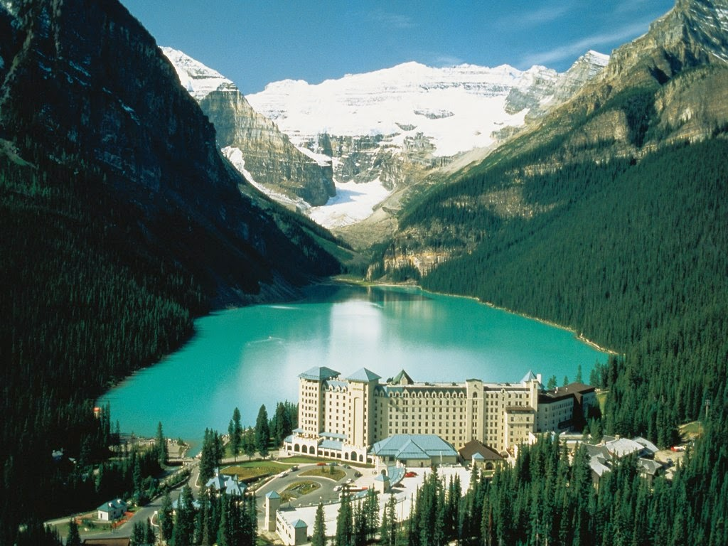 Lake Louise may be the perfect location for a school ski trip