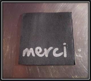 Le Patio Opéra Paris 9eme serviettes imprimées Merci