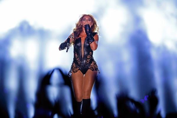 Conheça a rotina que fez a cantora pop conquistar um dos corpos mais sexy do mundo