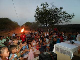 Imagens da animação Missionária no Sitio Trincheira, Almino Afonso - RN