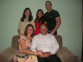 Familia de missionários do ministério shalom projeto caroá