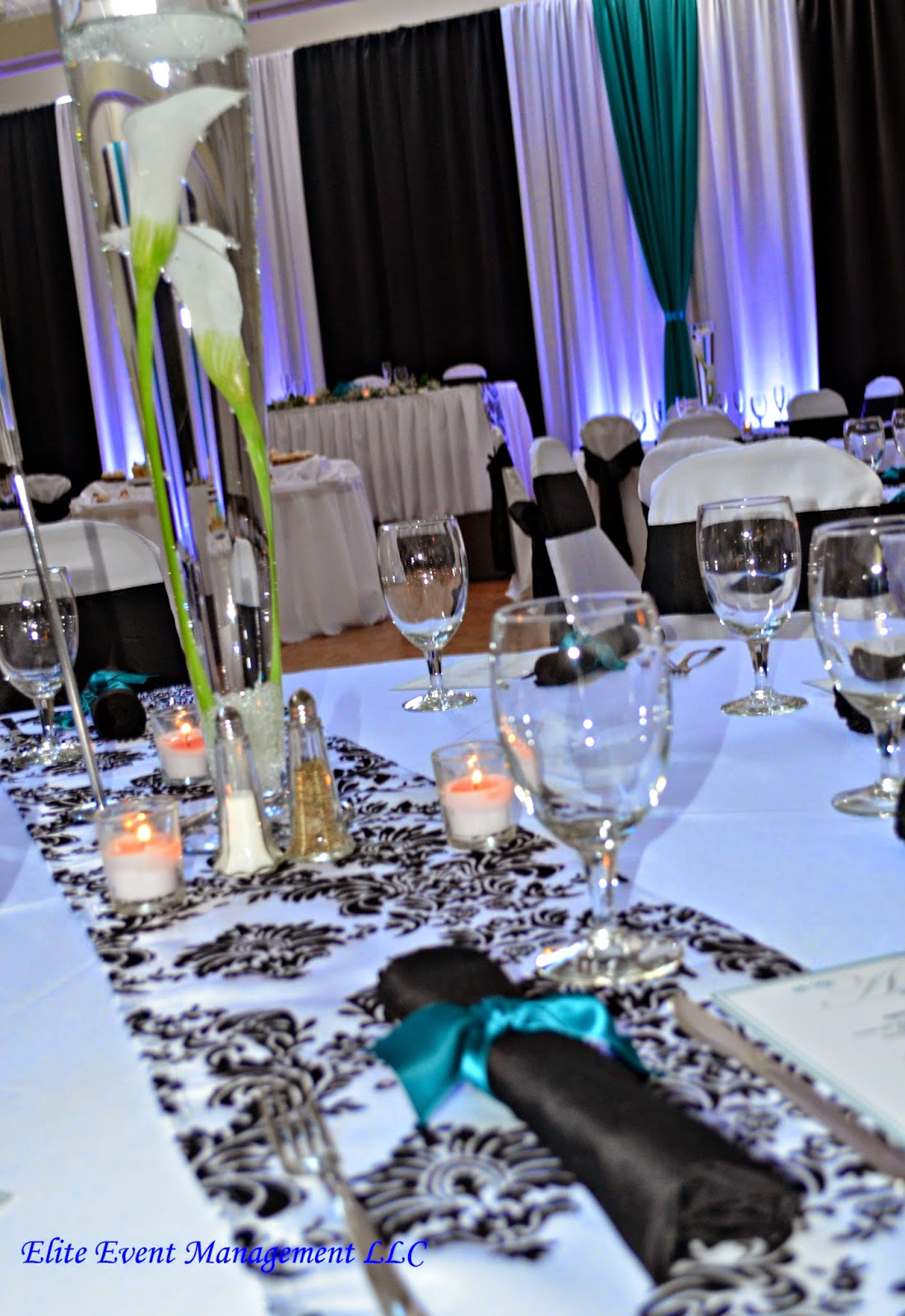 Celebrations: Teal, Black & White Wedding Decor