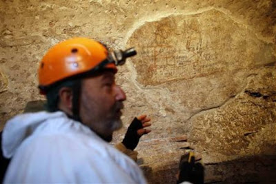 More on Ancient graffiti found inside the Colosseum