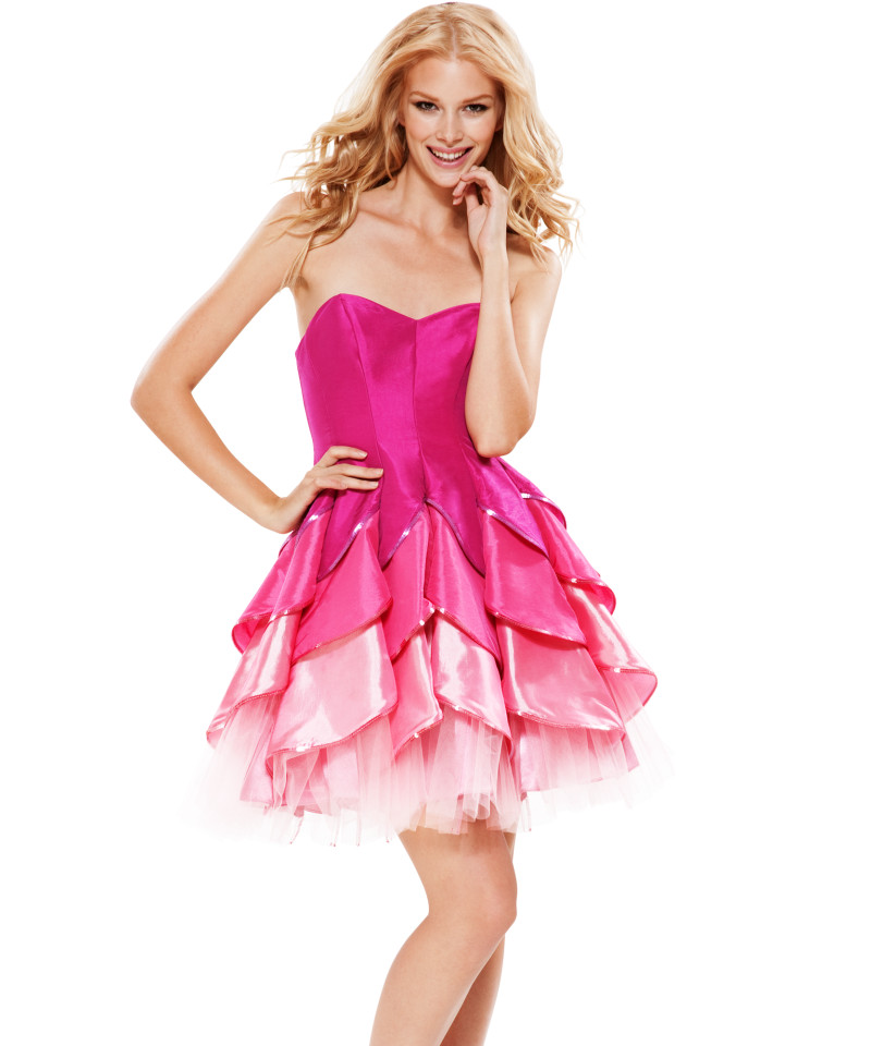 Modern party dresses design with pink short