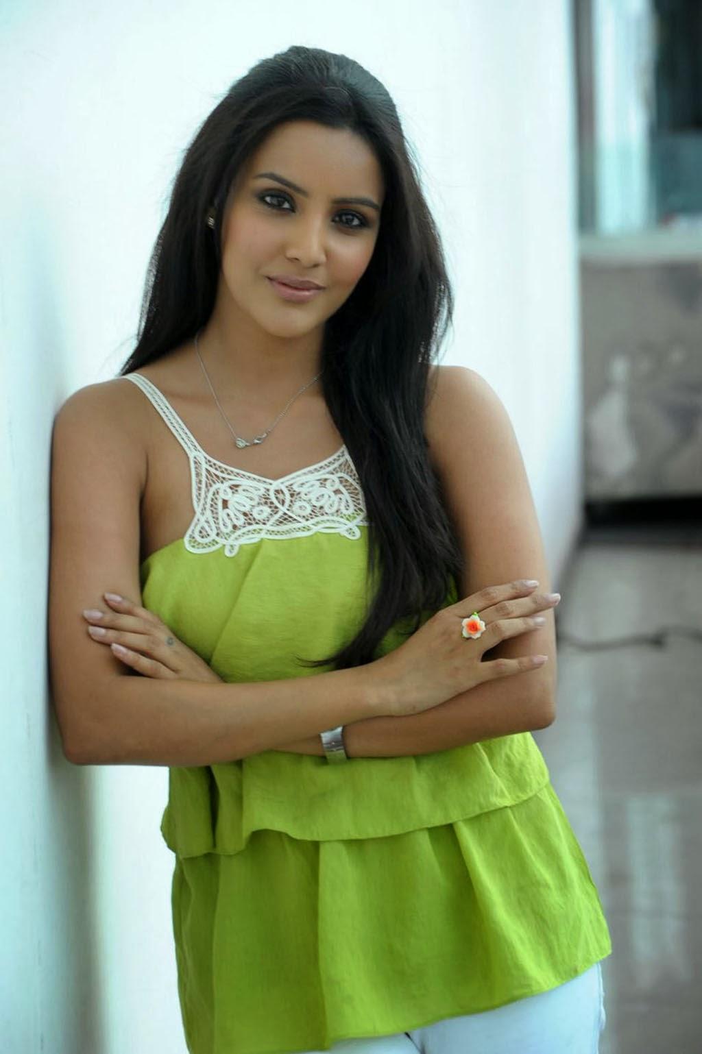 priya anand hd photos download free | tv biography