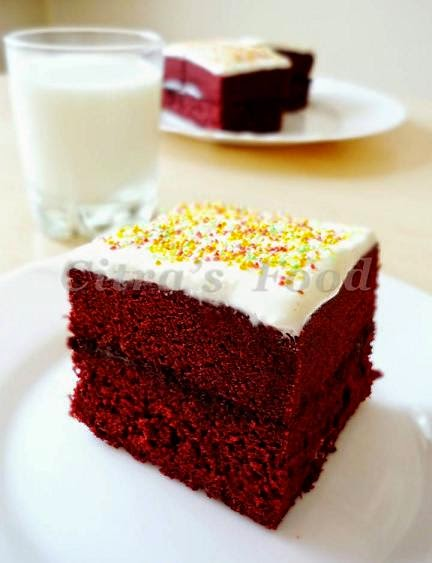 ... Diary: Steamed Red Velvet Brownie Sandwich with Cream cheese frosting