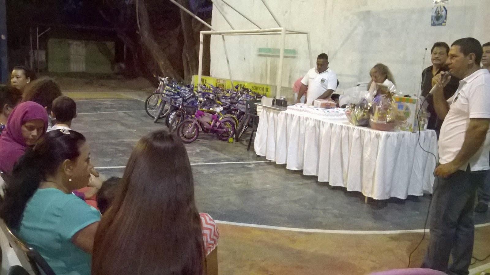 Audio   En Chapinero-Cúcuta, Junta Comunal realiza actividad de cierre 2014 con la comunidad y niños vulnerables