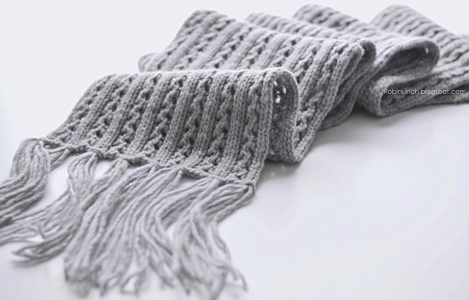 New Knitting Patterns : Robin Ulrich Studio: New Knitting Pattern - Frostlight Scarf