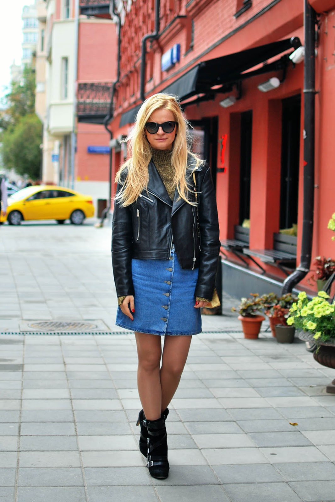 модные образы осени 2015,модные луки, autumn outfit 2015,button front denim skirt outfit